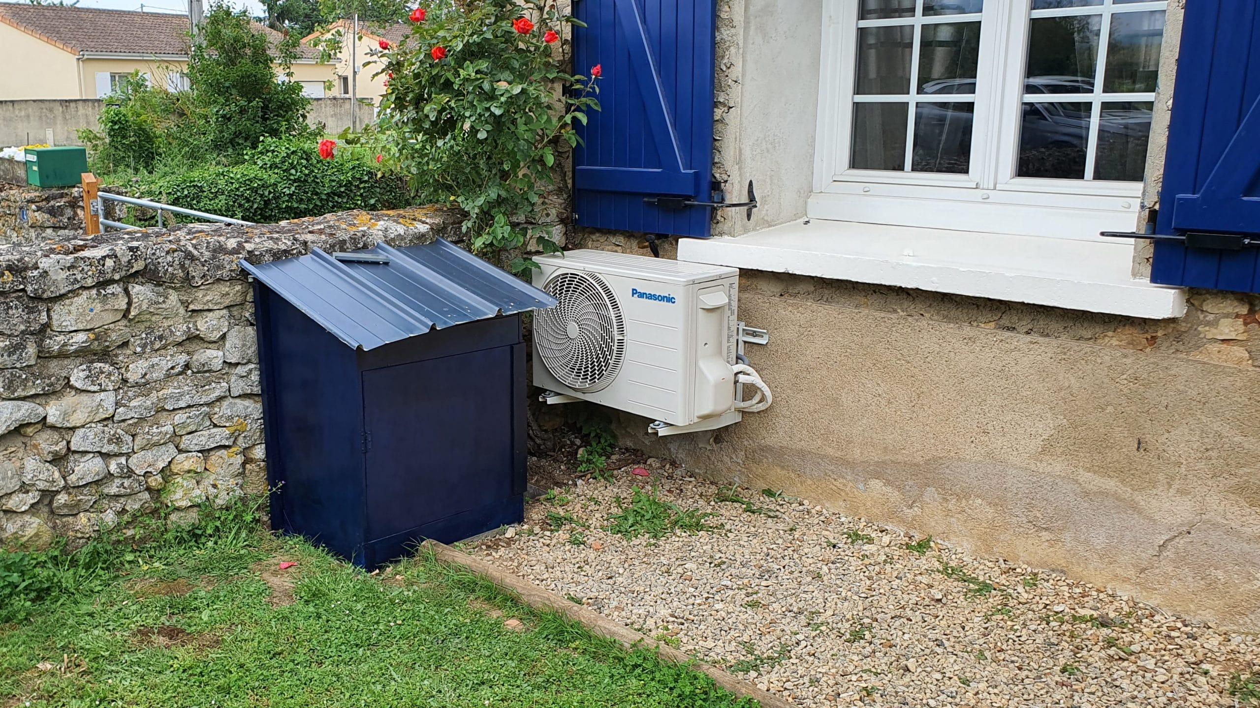 Installation d'un adoucisseur sans raccordement électrique, Ecotech cobalt dans un caisson extérieur à Vouneuil sous Biard (86)